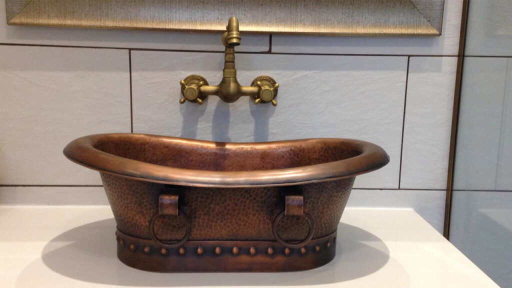 Hammered Antique Copper Tub with Ring Handles