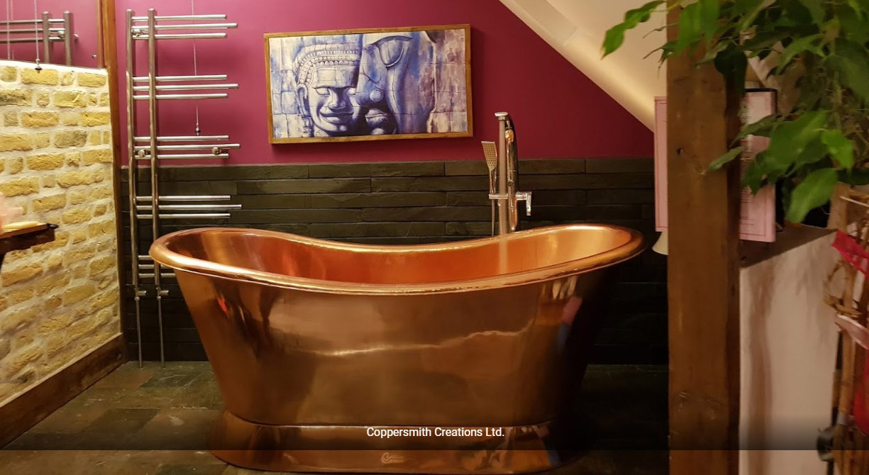 Slanting Base Copper Bathtub Full Copper Finish